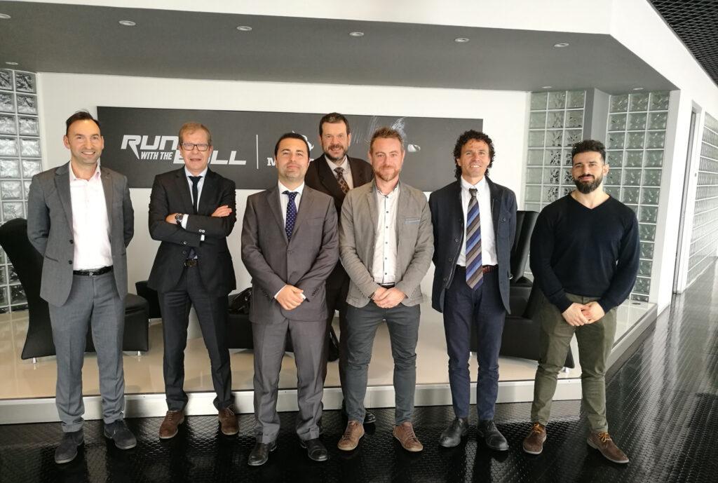 Membres de Meritor i Comforsa a les oficines de Meritor Europa a Itàlia